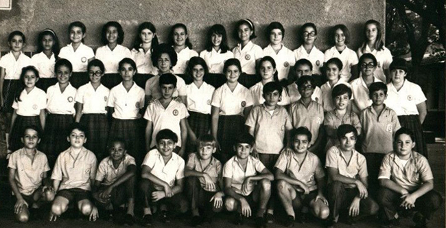 Lycee Francais Bresilien class photo: find Edna Ray